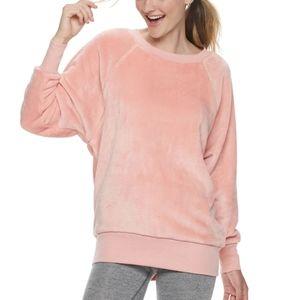 SO Plush Oversized Raglan Crew Sweatshirt